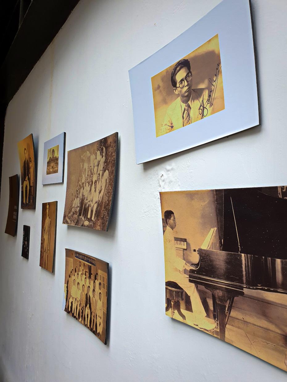 Alte Bilder von Deng Yu-shian 8 Sachen für Taipei