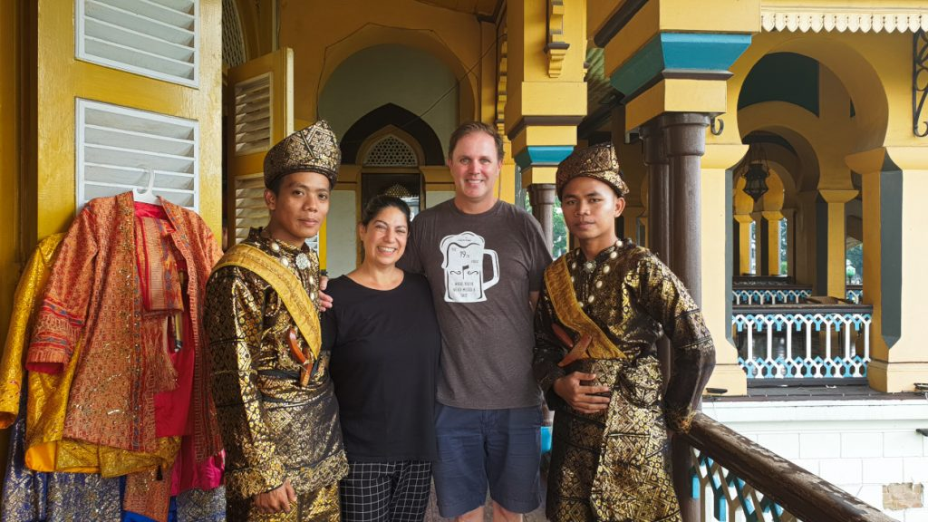Happy faces :-) 7 Things you should do when you`re in Medan