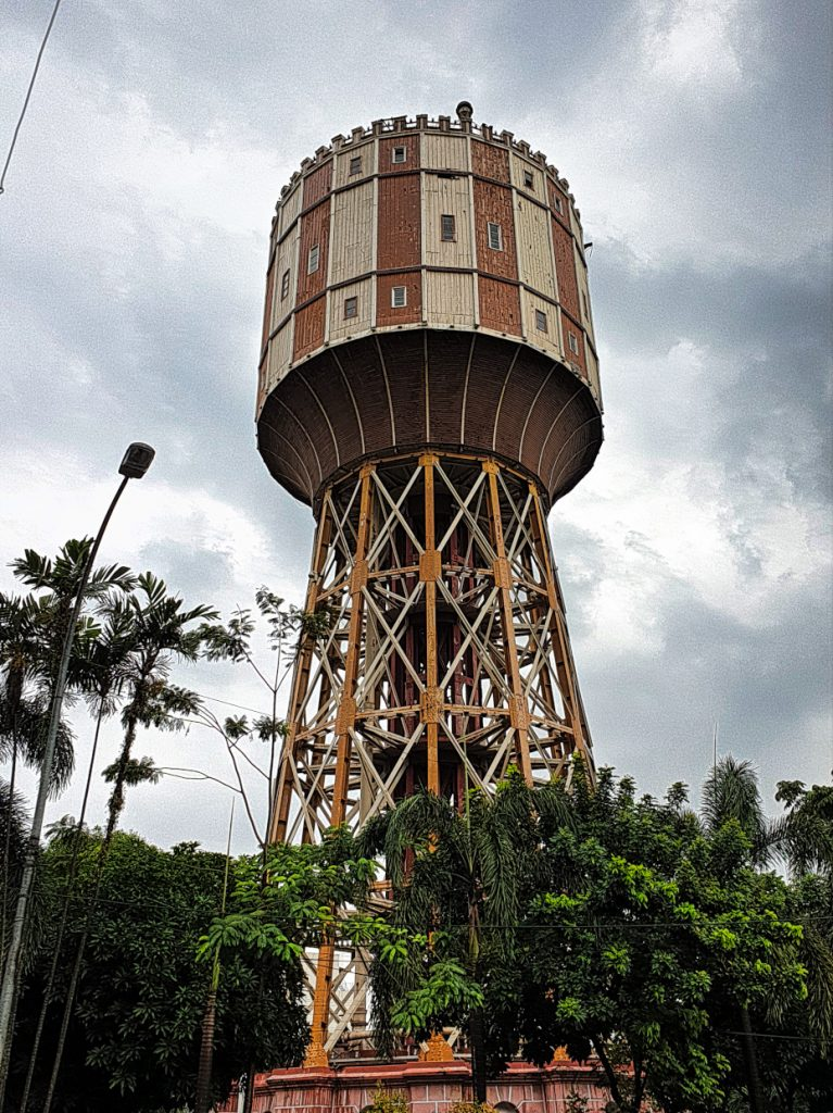 A huge landmark-The Watertower 7 Things you should do when you`re in Medan
