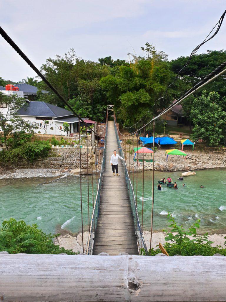 The bridge to the Orangutans