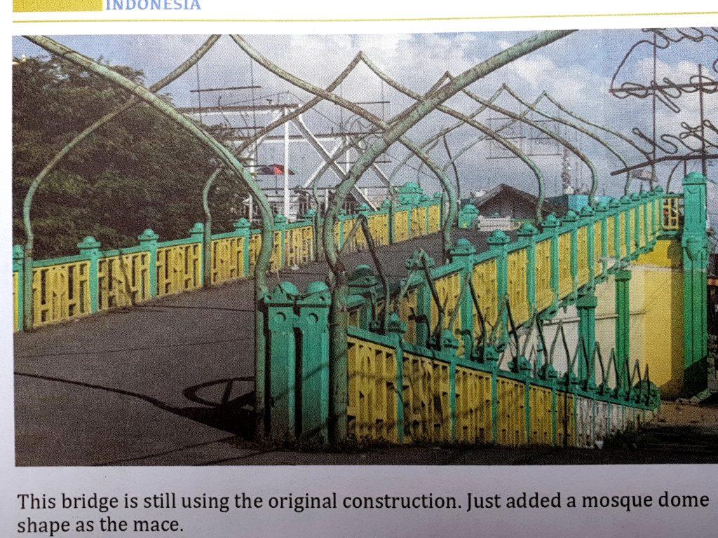 A photo of a photo of the Bridge