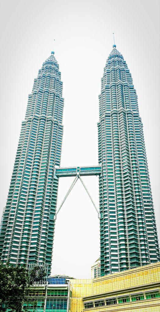The landmark of Kuala Lumpur - the Petronas Towers 2.Sehenswürdigkeiten in Kuala Lumpur