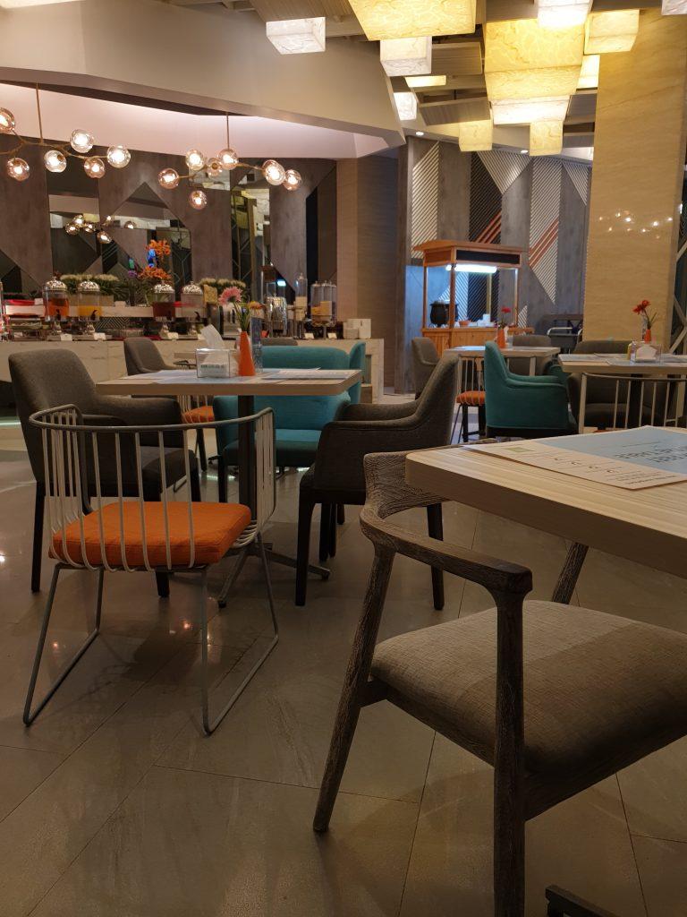 Streats Restaurant ibis Styles Medan Pattimura Hotel
