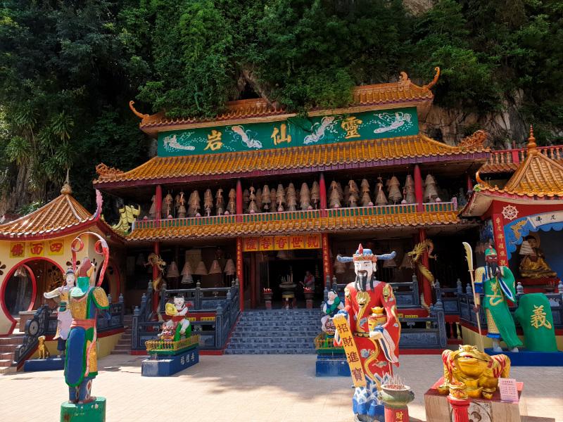 First Temple Ling Sen Tong