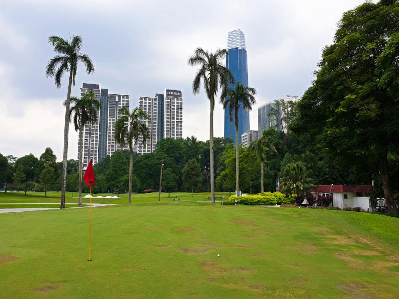 Missed opportunities on the 8th at Royal Selangor