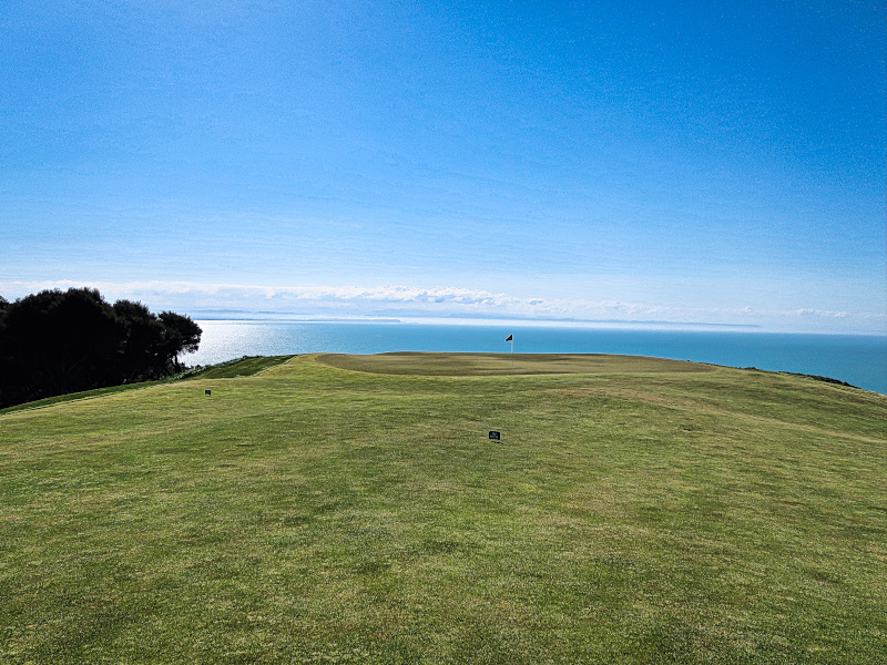 Infinity green at Cape Kidnappers