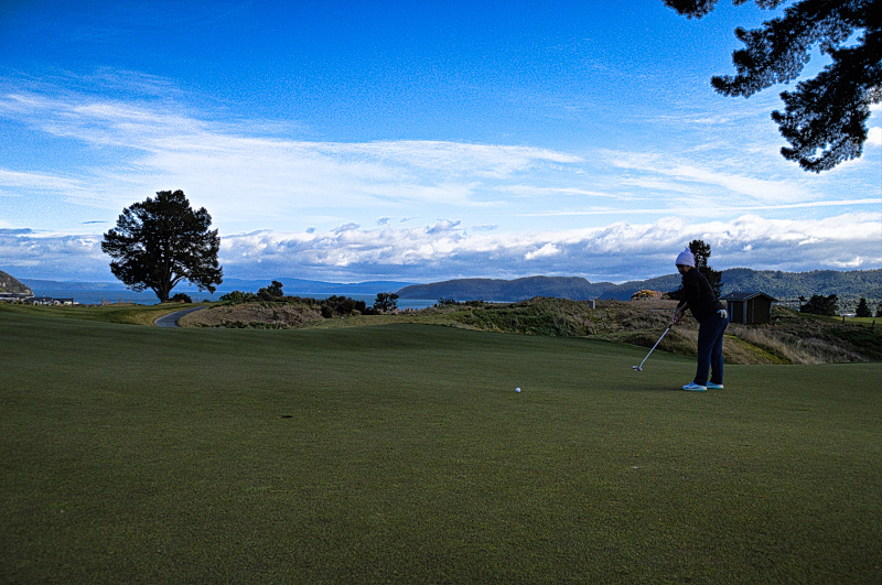 Putting on Rise at The Kinloch Club