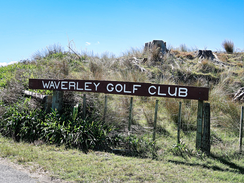 There it is, Waverley Golf Club