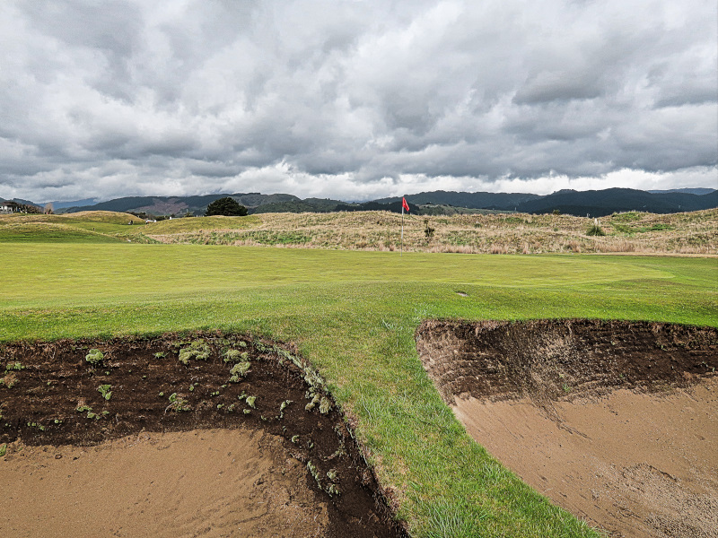 Hollows bunkers at Paraparaumu Beach Golf Club