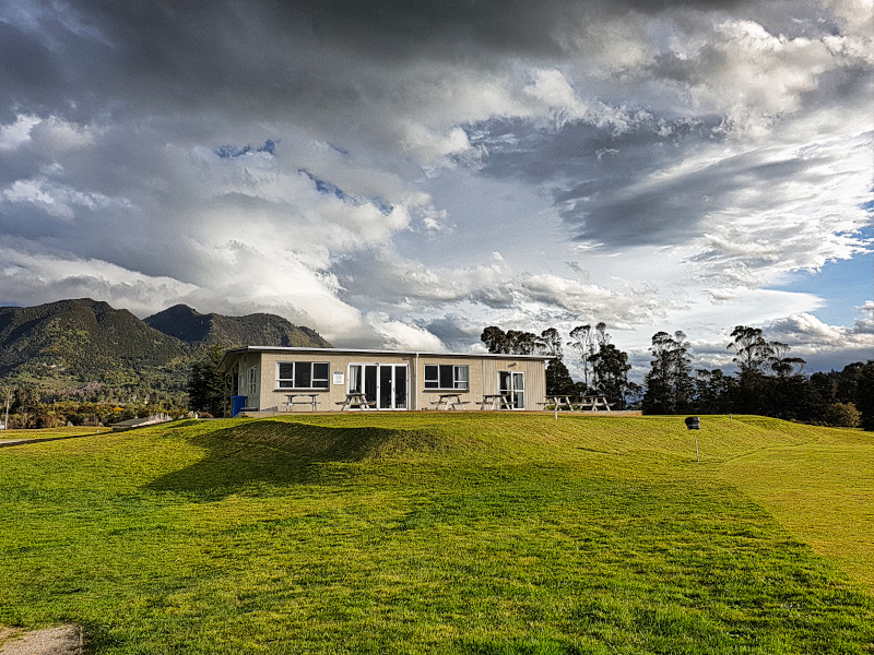 The clubhouse at Takaka Golf Club