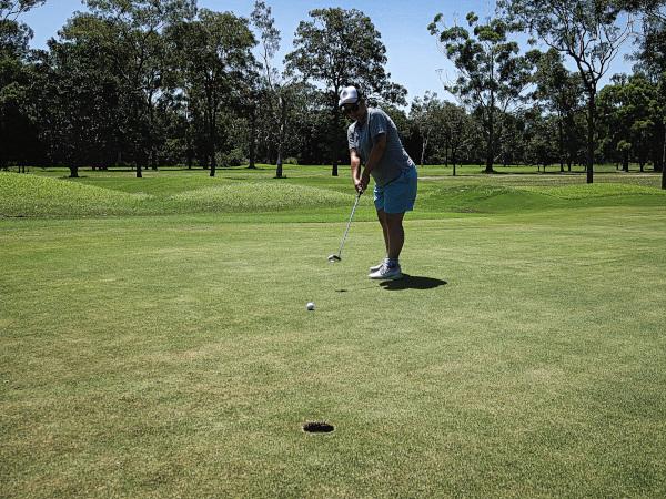 Last putt at Virginia Golf Club