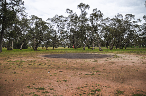Gong target on six at Trundle Golf Club