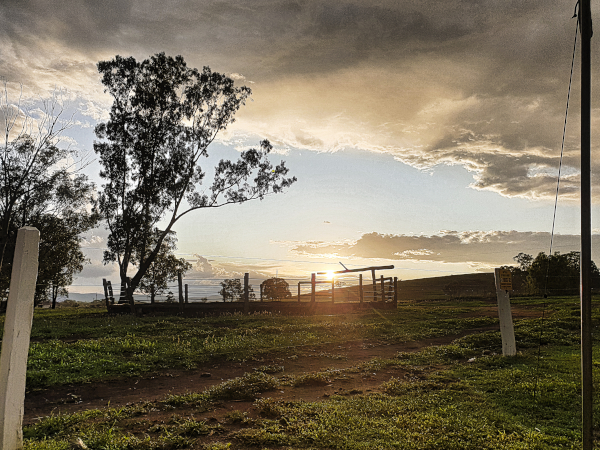 Alkoomi Adventure Farm Stay - One of our Favorite Campgrounds in Queensland Alkoomi Adventure Farm Stay - Einer unserer Lieblingscampingplätze in Queensland