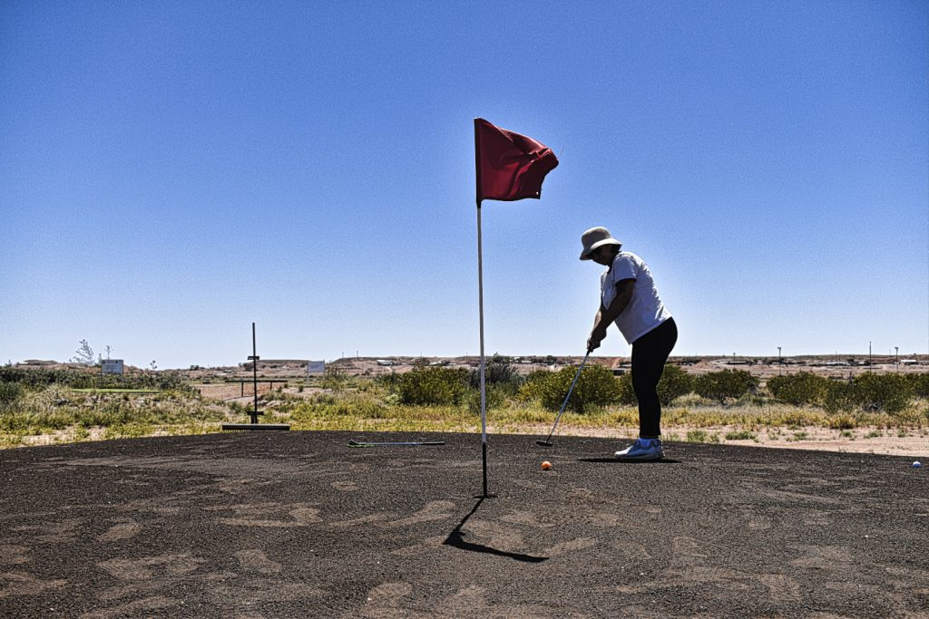 Putting at Coober Pedy Opal Fields Golf Club