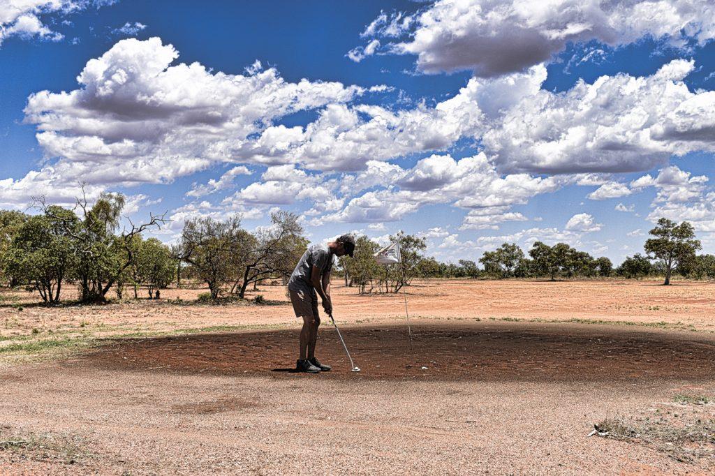 Putting at Tennant Creek Golf Club