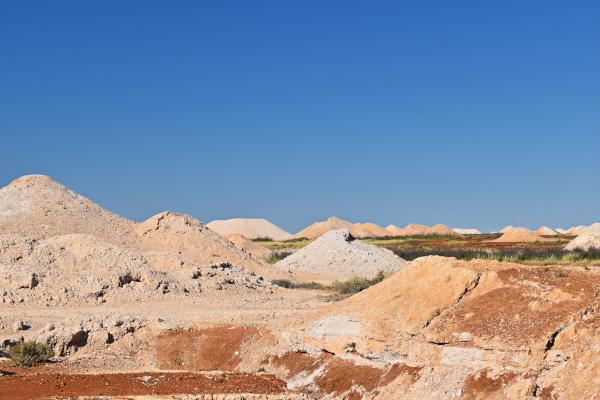 Opal shaft landscape