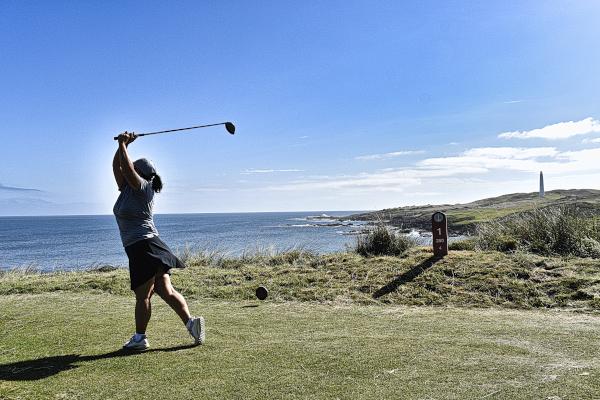 Beautiful opening hole at Cape Wickham Golf Links