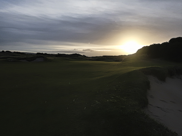 Chasing the sun on sixteen at Lost Farm