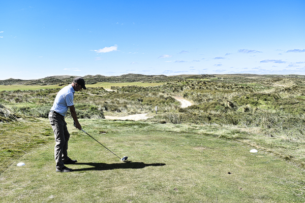 Stay left on six at Cape Wickham Golf Links