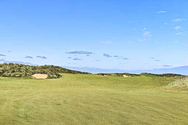 Uphill sixth green at Cape Wickham Golf Links