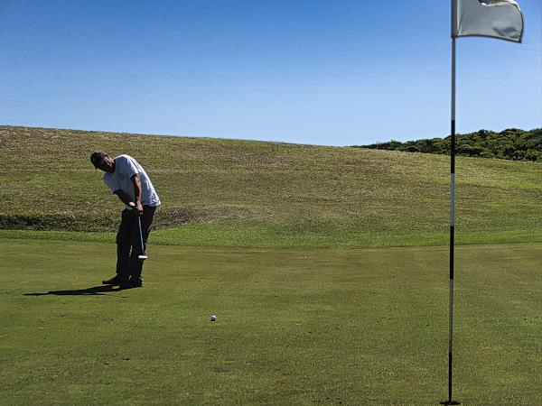 Birdie putt on three at King Island Golf and Bowling Club