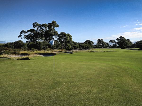 The difficult eleventh green at Kingston Heath Golf Club